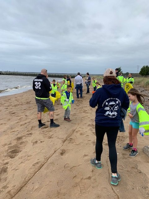Cleanup on the Fort Mott beach